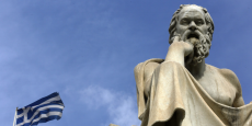 La statue de Socrate à Athènes.