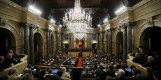 """Le parlement catalan a accepté l'idée de """"mesures unilatérales"""" pour avancer vers l'indépendance."""