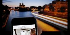 A partir du 1er août, le site américain doit élargir à 18 villes françaises la collecte de la taxe de séjour, après l'avoir mise en place l'an dernier à Paris et à Chamonix.