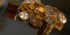 Les cas de piratage de plateformes d'échanges de Bitcoin se succèdent et font plonger les cours boursiers de cette monnaie cryptographique. Premiers signes d'une crise?