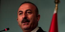 """""""Je ne veux pas évoquer le scénario du pire, les discussions avec l'UE se poursuivent mais il est clair que soit nous appliquons tous les traités en même temps, soit nous les mettons de côté"""", a annoncé le ministre turc des Affaires étrangères."""