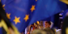 """""""Ce programme ne s'adresse pas (...) aux étudiants, mais aux apprentis. Il leur donne la même possibilité de mobilité que des jeunes issus des milieux accadémiques. C'est pour cela que je le soutiens"""", a lancé le président du parlement européen Martin Schulz."""
