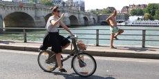 """La maire de la capitale a salué une """"décision historique, la fin d'une autoroute urbaine à Paris et la reconquête de la Seine""""."""