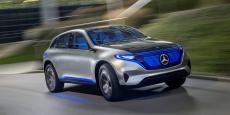 Mercedes annonce une dizaine de modèles 100% électriques construits à partir d'une même architecture modulable entre 2020 environ et 2025.