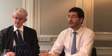 « On ne peut être dedans et dehors » a plaidé le président de la Confédération nationale du Crédit Mutuel, Nicolas Théry (à droite), aux côtés du directeur général, Pascal Durand.
