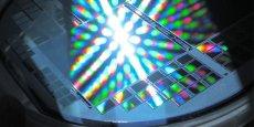 La technologie IA développée par TellMePlus est notamment intégrée à des lignes de production de « wafers » (plaques de semi-conducteurs)