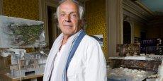 François Fontès dans son agence de Montpellier, fondée en 1975