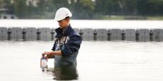 Comprendre l'origine des micropolluants pour mieux freiner leur rejet en milieu naturel, tel est l'objet de l'étude pluridisciplinaire REGARD portée par Bordeaux Métropole et coordonnée par le centre de recherche le LyRE de Suez Eau France.