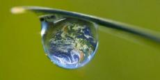 « Si l'on ne raisonne qu'en tonnes de CO2, on se retrouve coincé dans le court terme et l'atténuation primera toujours sur l'adaptation, l'urbain sur le rural, le grand sur le petit. Il faut réorienter les flux en privilégiant le long terme et les bénéfices sociaux », souligne Vanessa Laubin, membre de la coalition financement de Climate Chance.