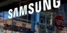 Samsung reste le numéro un devant l'américain Apple en nombre de téléphones vendus, mais sa part de marché est passée de 23,6% au troisième trimestre 2015 à 19,2% un an plus tard.