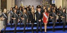 Philippe Saurel, maire de Montpellier, et les 30 Miss candidates au titre 2017.