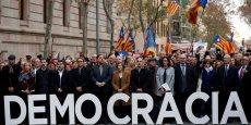 La présidente du parlement catalan se rend au tribunal accompagnée des principaux dirigeants indépendantistes catalans.