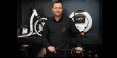 Christophe Bayart, PDG et fondateur de Mobility Urban dans sa boutique de Toulouse.