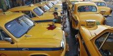 La marque automobile indienne Ambassador est connue pour avoir fourni les taxis du pays, mais également l'élite.