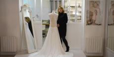 Elise Martimort fabrique intégralement ses robes de mariée dans son atelier bordelais.