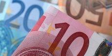L'EURO GRIMPE APRÈS LA DÉCISION DE BAYROU