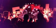 Des étudiants de l'ECV Bordeaux avaient réalisé la vidéo diffusée pendant la tournée de Shaka Ponk en 2014.