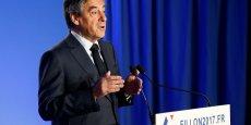 François Fillon aurait commandé pour près de 48.500 euros de vêtements sur-mesure depuis 2012 à la maison Arnys