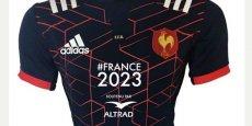 Le nouveau maillot du XV de France, sponsorisé par Altrad.