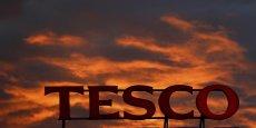 Trois anciens hauts responsables de Tesco ont été inculpés dans l'affaire du scandale comptable et vont passer en procès.