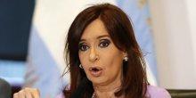 La presidente argentine cristina fernandez blanchie des accusations d'alberto nisman