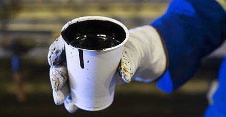 Le pétrole poursuit son rebond