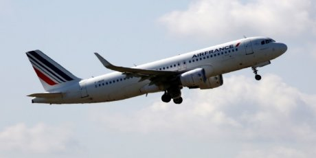 Les pilotes d'air france votent le principe d'une nouvelle low cost