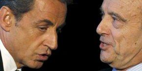 Dans ce sondage, Alain Juppé recueille 28% des intentions de vote des sympathisants du parti Les Républicains, contre 48% pour Nicolas Sarkozy.