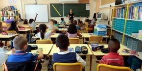 En France, 90 % des dépenses des ménages pour l'enseignement sont prises en charge par l'Etat