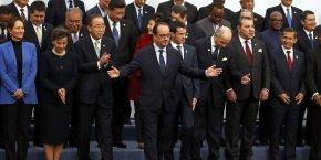 Adoption de l'Accord de Paris en décembre 2015.