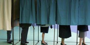 Environ 72 % des Français estiment que la démocratie est en danger.