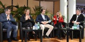 La première table ronde, animée par Anthony Rey (à droite), accueillait (de gauche à droite) Thierry Aznar, Alexandra François-Cuxac, Maxime Toury et Stéphanie Jannin.