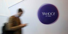 Yahoo! prévoit la suppression de 15% de ses effectifs et cherches des acquéreurs.