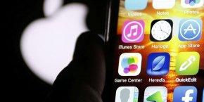 Les appareils mobiles d'Apple sont populaires auprès du grand public, mais il a encore du mal à les imposer dans les entreprises, qui restent un bastion de Microsoft et Windows.