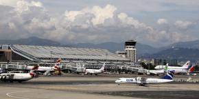 L'aéroport de Nice accueille chaque année 12 millions de passagers, soit le troisième aéroport de France après Roissy et Orly.