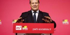 Le Premier secrétaire Du PS, Jean-Christophe Cambadélis, a envoyé une lettre à  Jean-Luc Mélenchon et Emmanuel Macron pour leur demander de participer à la primaire.