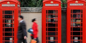 La patronne de l'Ofcom a également appelé à ce que la régulation du marché de détail demeure forte dans les télécoms. Elle souhaite disposer de cette arme pour protéger les consommateurs de prix trop élevés, et notamment les plus « âgés » et les plus « vulnérables ».
