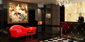 Le lobby-réception de La Villa Haussmann, située sur le boulevard éponyme, à Paris