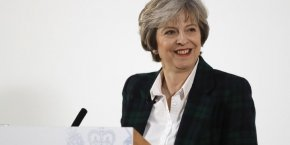 Theresa May entend relancer une stratégie industrielle ambitieuse.