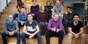 L'équipe de AccelaD compte actuellement 10 salariés mais souhaite en embaucher encore 10 autres.