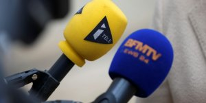 Radios et chaines de television convoquees par le csa