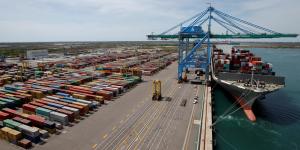 conteneur port porte conteneurs fos sur mer
