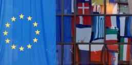 Un rapport severe sur l'encadrement du lobbying en europe
