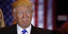Trump va chercher a rassembler pour affronter clinton