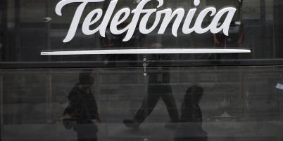 Telefonica, qui avait présenté officiellement une première offre début août, propose depuis ce jeudi 28 août 7,45 milliards d'euros (au lieu de 6,7 milliards initialement).