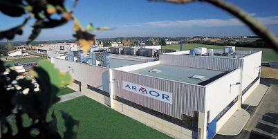 L'usine Armor de Nantes-La Chevrolière a doublé de capacité en dix ans. Armor est le n° 1 mondial de la technologie de transfert thermique.