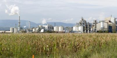 La plateforme chimique de Roussillon ou le groupe Hexcel va implanter une nouvelle usine.