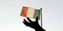 Dublin souhaite rembourser 18 milliards d'euros sur les 22,5 milliards prêtés par le FMI dans le cadre du plan d'aide international de 85 milliards d'euros dont l'Irlande a bénéficié.