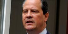 Jean-Christophe Cambadélis prend les rênes d'un PS en crise