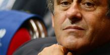"""Mondial 2022: Platini dénonce des """"rumeurs"""" visant à le """"salir"""""""